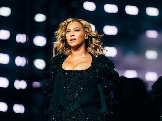 Beyoncé è di nuovo mamma: sono nati i due gemelli