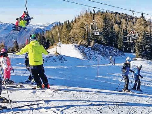 La neve è arrivata abbondante Sci, stagione al via in anticipo