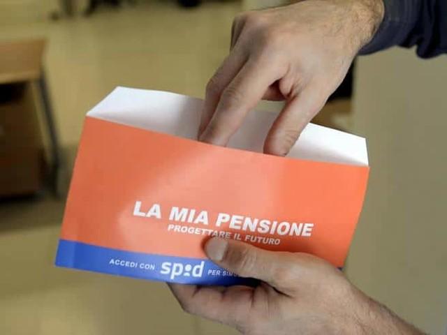 Tagli alle pensioni giugno 2019, quanto perdono i pensionati? Le tabelle con le percentuali e tutte le info utili