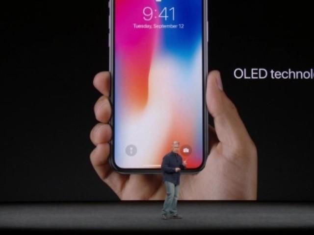 Ecco i tanto attesi nuovi iPhone