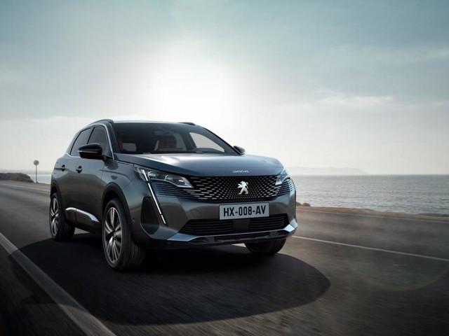 Peugeot 3008 restyling: personalità e tecnologia saranno presenti anche in versione ibrida