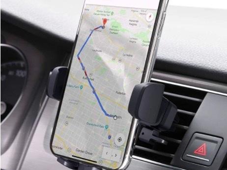 Supporto auto per smartphone: a pinza o magnetico? Per parabrezza o cruscotto? 5 modelli da acquistare nel 2020 e 2021