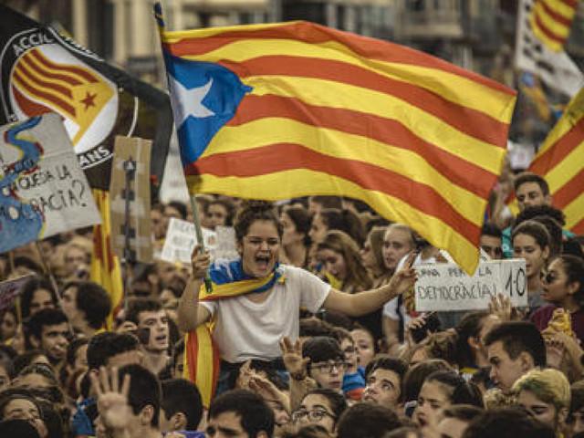 La coda velenosa della crisi europea e le illusioni sul separatismo