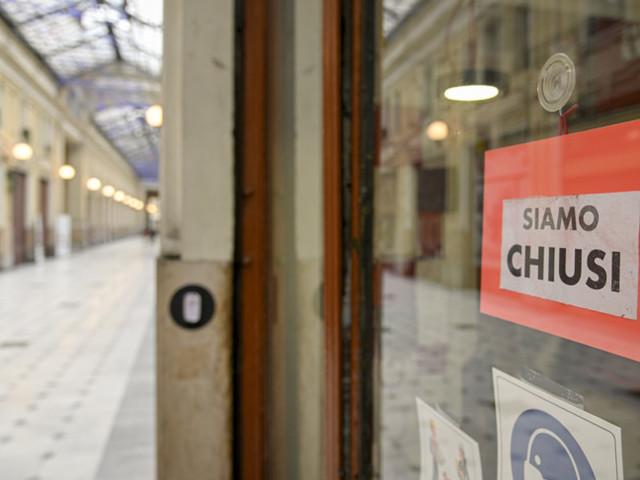 Con il decreto Sostegni bis, meccanismo in due tempi per i ristori e nuovo rinvio delle cartelle