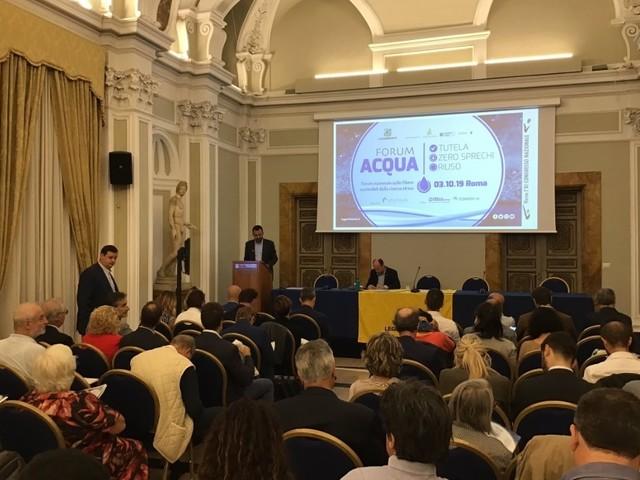 Acqua potabile, per garantire approvvigionamenti sicuri all'Italia servono 7,2 miliardi di euro