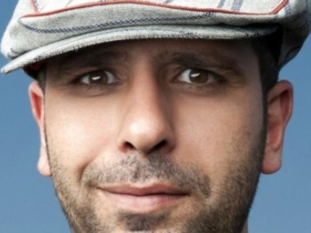 Immigrato di Checco Zalone esplora i luoghi comuni dell'italiano medio e anticipa il film Tolo Tolo