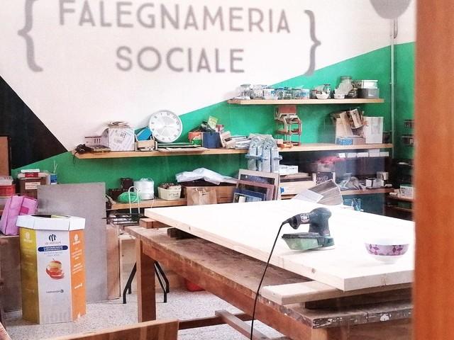 Faidabrav, la falegnameria di Novara che diventa luogo di incontro e aggregazione