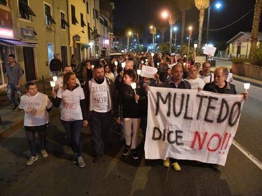 """Italiani """"incattiviti"""", delusi economia e gestione migranti"""