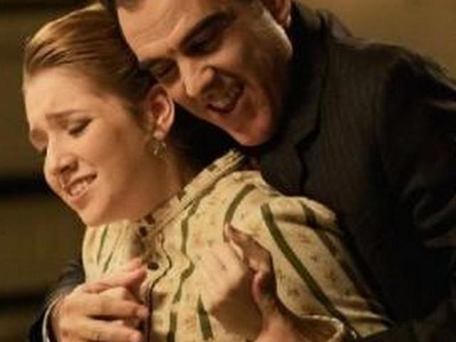 Una Vita anticipazioni: Jordi cerca di abusare di Flora, Inigo riesce a salvarla