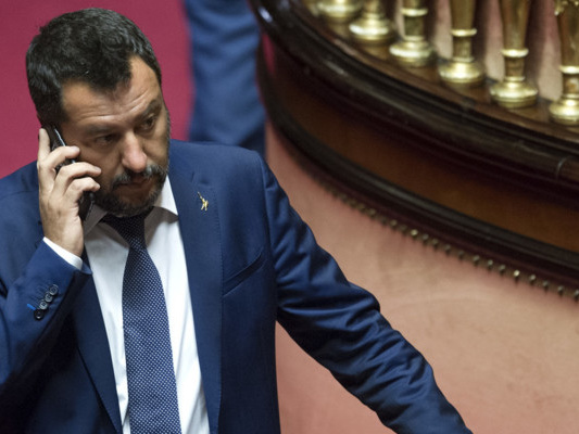 Il calcolo di Salvini prima della mossa sul taglio dei parlamentari