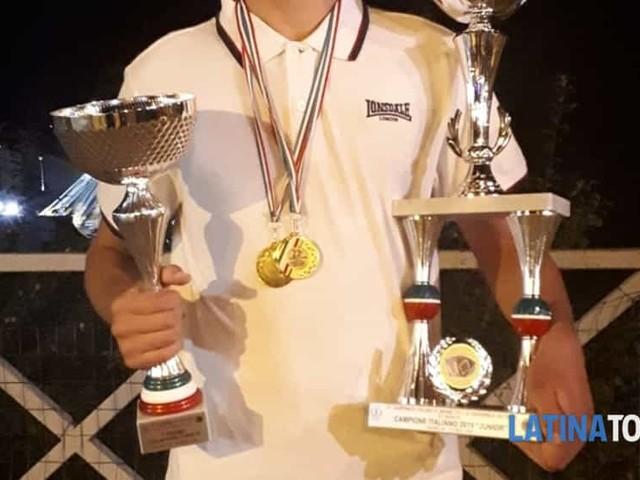 Antonio Mirabella, il 16enne di Latina è Campione Italiano di Organetto