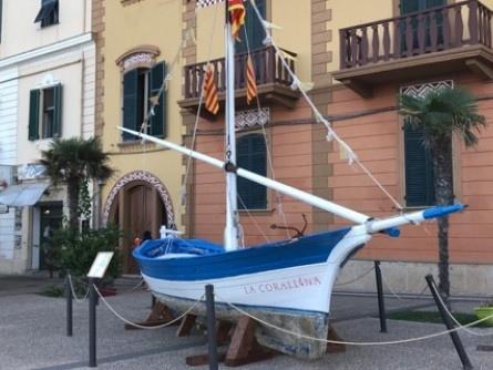 «Via la Corallina dal porto»
