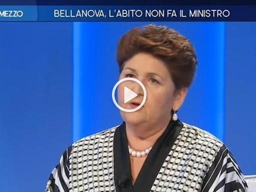 Bellanova risponde alle critiche sui social: «Non mi feriscono queste cose, lo studio è un diritto. Ai ragazzi dico, studiate»