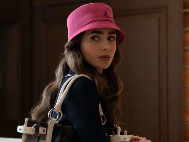 Emily in Paris | il trailer della romantica serie Netflix con Lily Collins