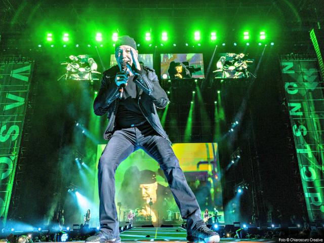 VASCO NonStop Live il Music Film Emozioni non stop e… SI REPLICA!