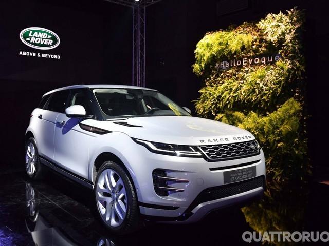 Range Rover - La Evoque arriva a Milano