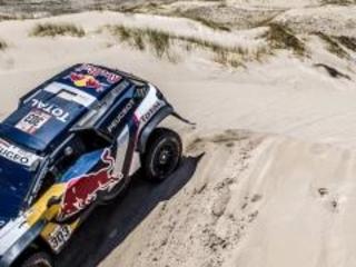 Dakar 2018: dopo la tappa 10, Peugeot comanda la classifica