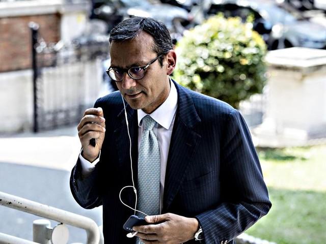 Inchiesta Ilva, ai domiciliari per corruzione Enrico Laghi, il «Salvatore» della finanza