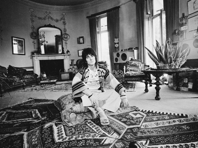 Ronnie Wood – Lassù qualcuno mi ama, di Mike Figgis