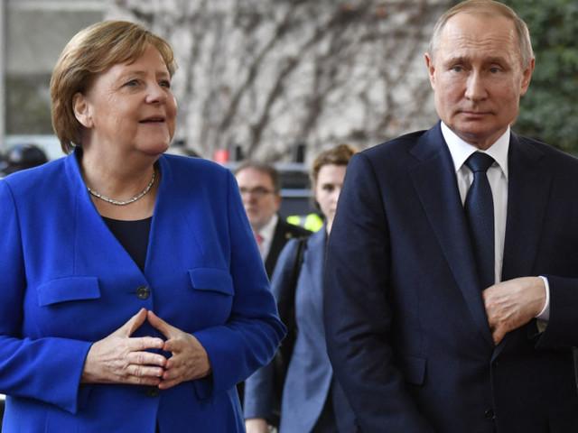 La Germania apre a Sputnik, Merkel esautora i Laender
