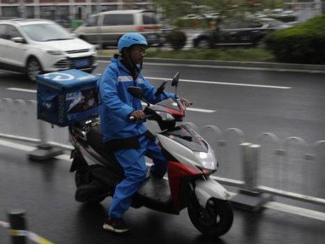 Lavoro, dagli incidenti ai clandestini: indagine sui rider