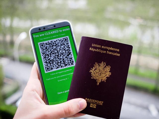 Il Governo e il Cts lavorano al green pass all'italiana