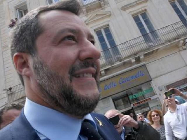 """Salvini: """"I miei figli sono 60 milioni di italiani"""". Beppe Sala: """"Non lo voglio neanche come zio"""""""