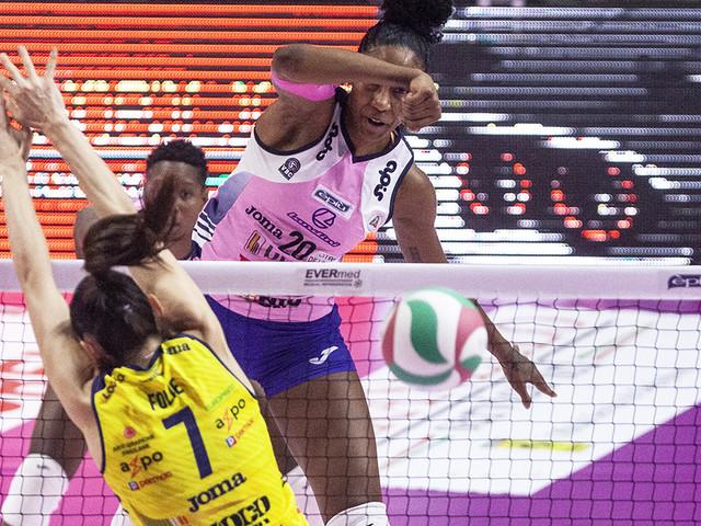 Volley: Conegliano corsara a Cremona, l'Imoco è di un altro pianeta