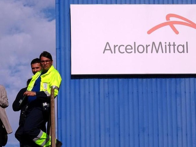 A.Mittal has suspended furnace switch-off at Taranto steelworks, according to union