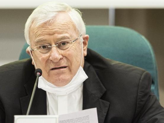 Covid, ricoverato il cardinale Bassetti