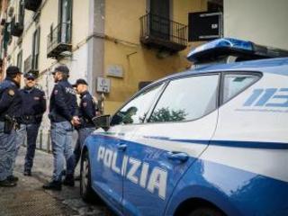 Colpi d'arma da fuoco in centro Napoli: ritrovati due bossoli