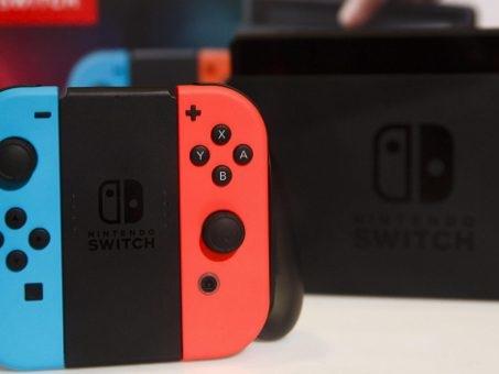 """Sony ha paura di Nintendo Switch? """"Non possiamo più ignorare il suo successo"""""""