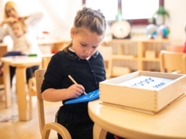 """""""Wooden education"""": il legno migliora la creatività e il benessere psicofisico a scuola"""