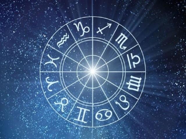 L'oroscopo di sabato 28 agosto: idee e grandi ambizioni per Sagittario, Acquario focoso
