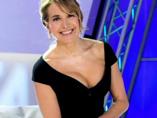 Domenica Live, anticipazioni puntata del 10 novembre: ospite la mamma di Nadia Toffa