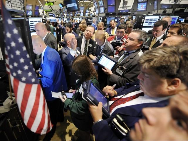 Borsa, Wall Street chiude in ribasso: Dow Jones -0,09% e Nasdaq -0,43%