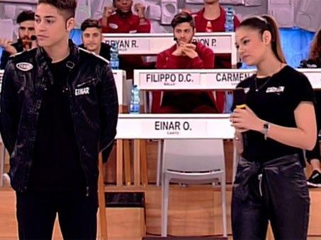 Il duetto di Einar Ortiz e Carmen Ferreri come Renga e Amoroso in L'amore altrove: testo e video