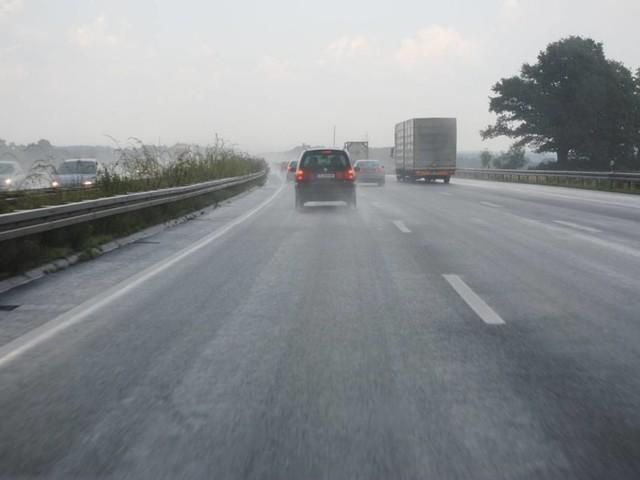 Meteo e traffico in autostrada: incidente in A1, piogge sparse in arrivo