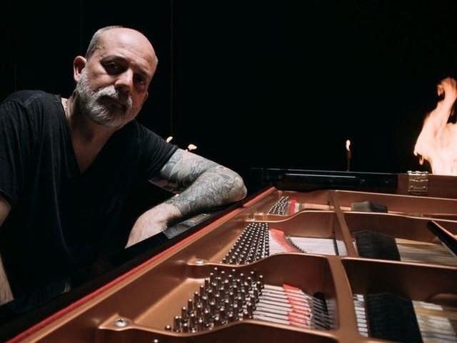 Fabrizio Paterlini, un pianista dall'anima rock: l'intervista.