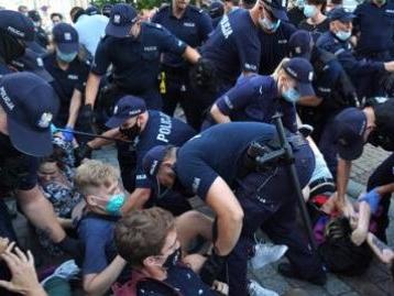 """""""Arresti a Pride Varsavia, anche un italiano"""""""