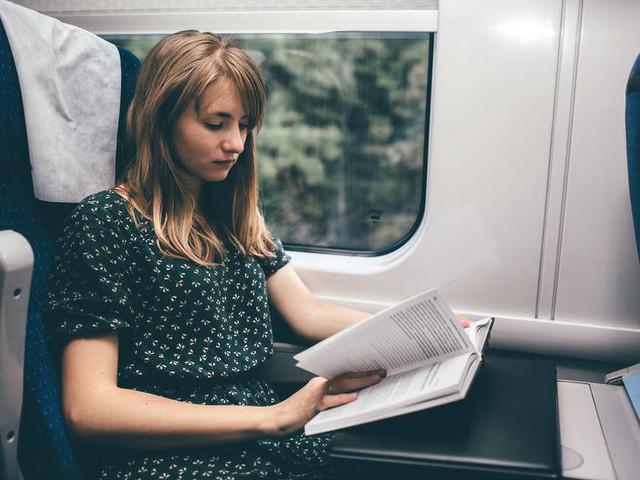 Boekenweek: in Olanda, nel fine settimana del libro chi porta un romanzo in treno viaggia gratis