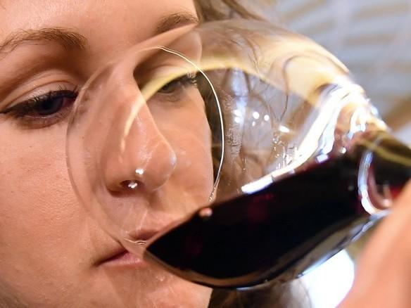 Vino rosso con l'ostrica quando osare si può (ma servitelo freddo)