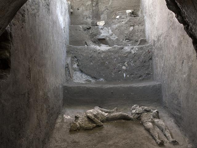 I corpi intatti scoperti a Pompei