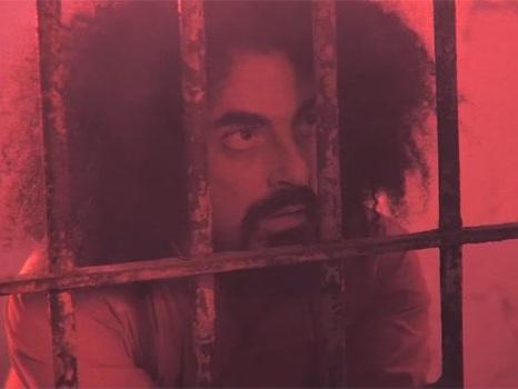 Video e testo di Prisoner 709 di Caparezza, primo singolo dal nuovo album in una prigione distopica