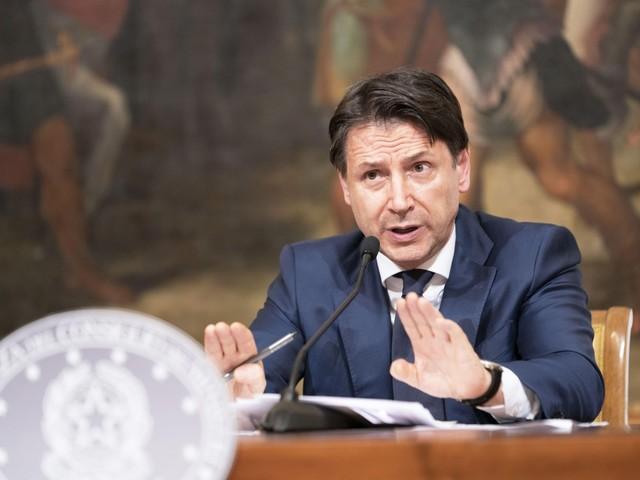 """Conte lancia il patto con le opposizioni: """"Collaboriamo su tre grandi riforme"""""""