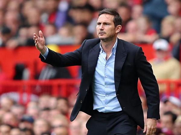 Chelsea, a gennaio può tornare un giovane centrocampista