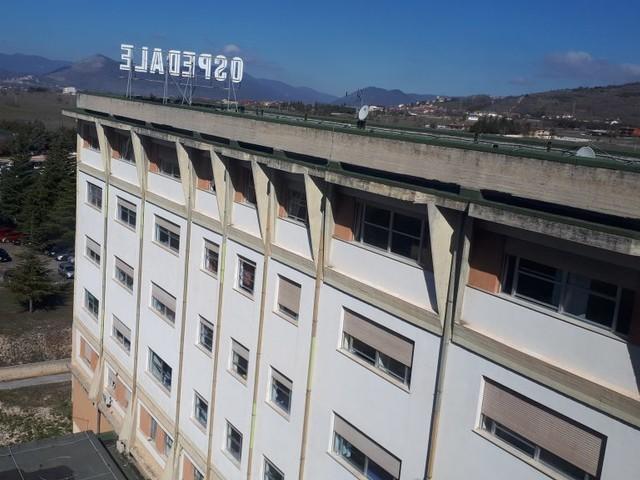 Casi di legionella nella Marsica, muore uno dei cinque pazienti ricoverati all'ospedale di Avezzano