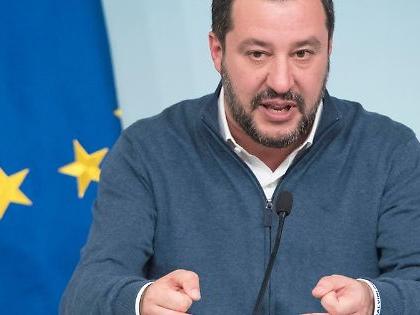 Matteo Salvini, l'attacco leghista contro la Bce e il candidato tedesco: come vuol ribaltare l'istituto