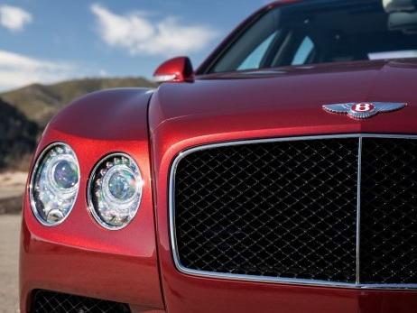 """News """"di lusso"""": Bentley autonoma e Bugatti quattro porte"""