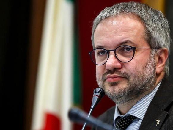 Borghi (Lega) sull'Europa: «Se non riusciamo a cambiarla meglio uscire»
